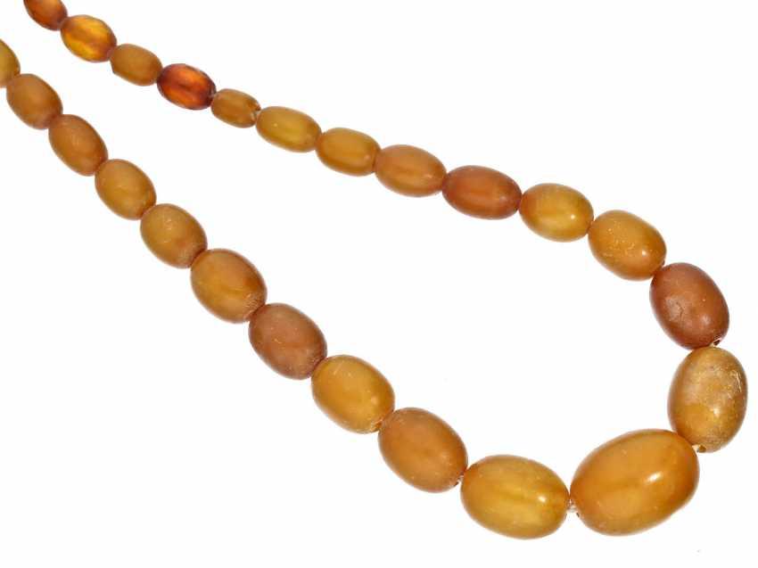 Chain: rare, antique amber necklace, probably Königsberg, around 1900 - photo 1