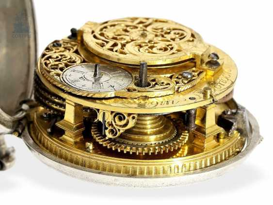 Pocket watch: English paircase verge watch with date, signed Langin London, ca. 1740 - photo 4