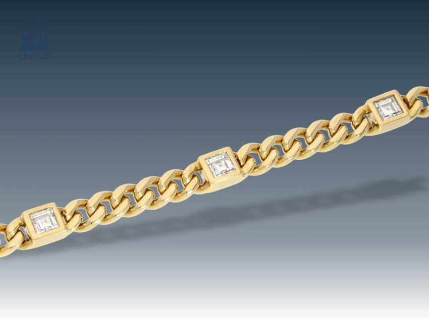 Bracelet: decorative and solid gold forged bracelet with fine diamonds, approx 1.05 ct - photo 3