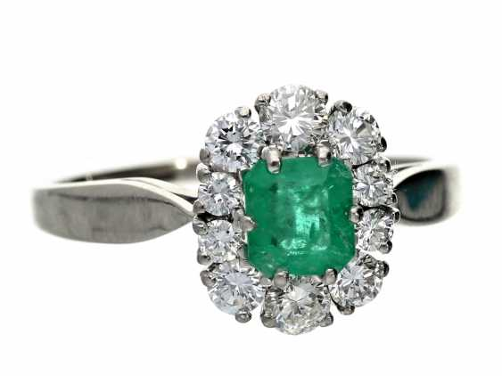 Ring: formerly very expensive emerald/diamond ring, bought at Wempe in Hamburg in the 60s - photo 1
