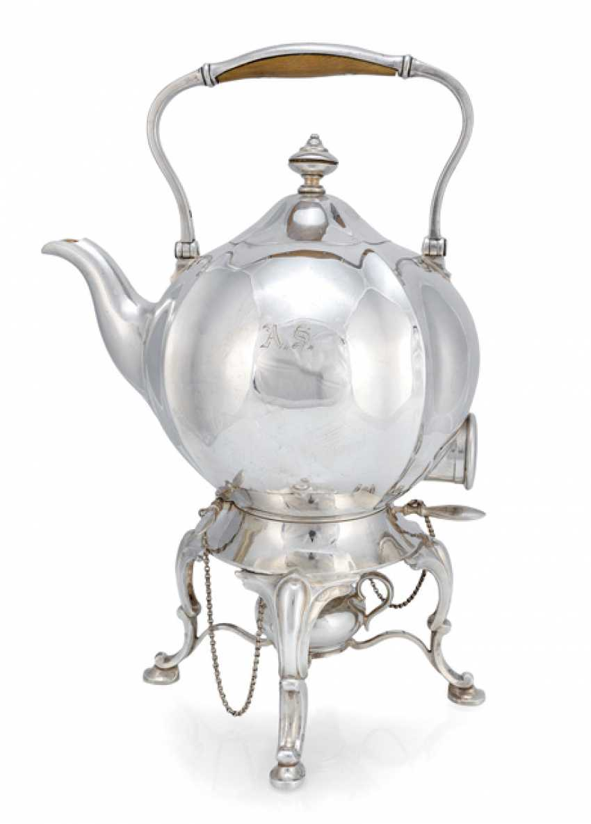 Kettle on a chafing dish - photo 1
