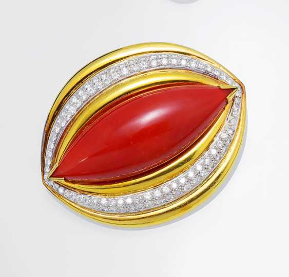 Fine Coral Diamond Brooch - photo 1