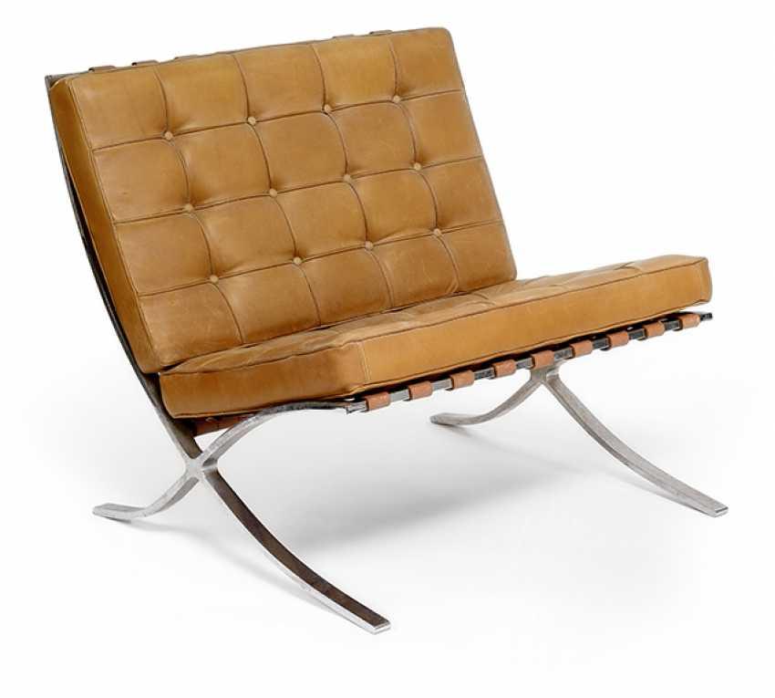 Barcelona Chair - photo 1