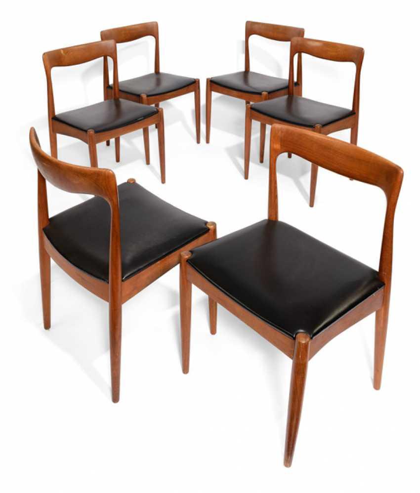Six Dining Room Chairs - photo 1