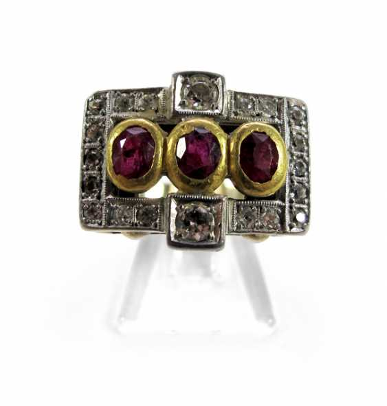 RUBIN-DIAMANT-RING, UM 1930, - photo 1