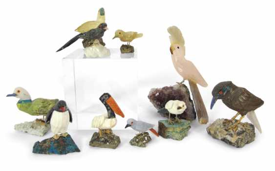 MIXED LOT OF 10 BIRDS FROM SEMI-PRECIOUS - photo 1