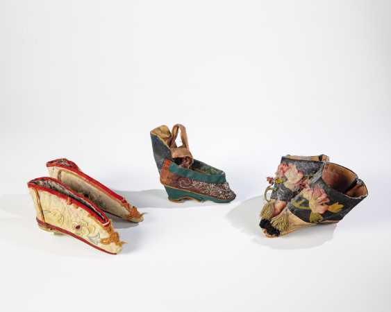 Group 5 Lotus Shoes - photo 1