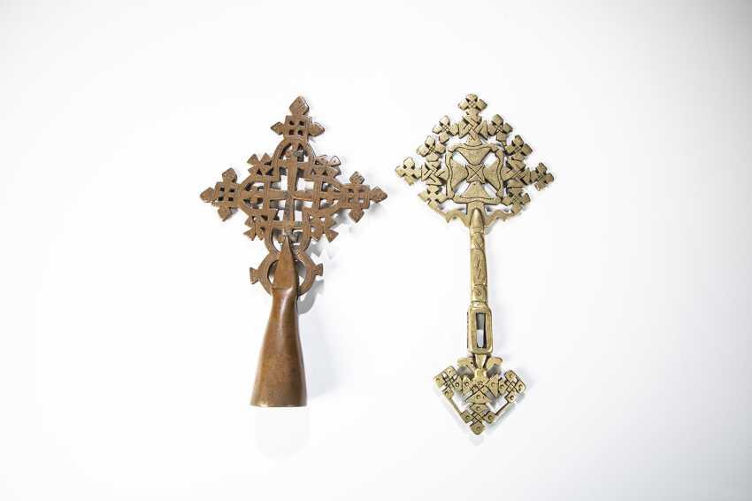 Zwei koptische Prozessionskreuze - photo 1