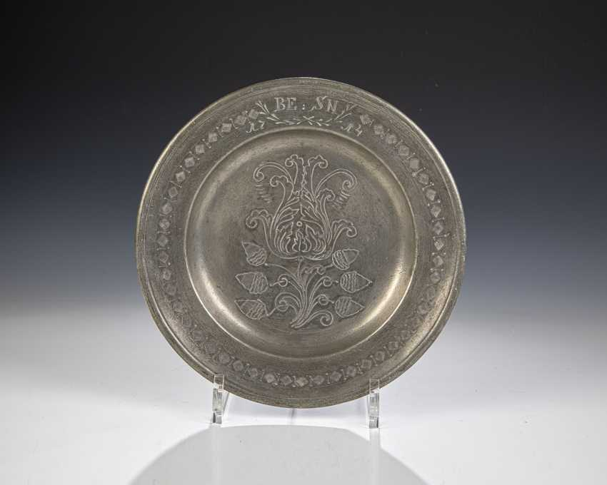Tin plate with Tulip - photo 1