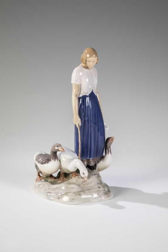 Goose girl - photo 1