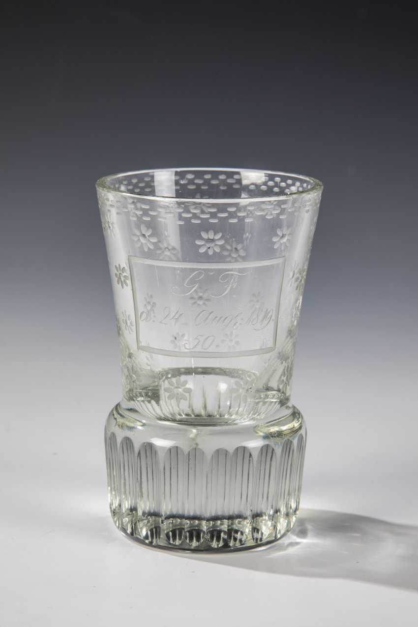 Footed beaker - photo 1