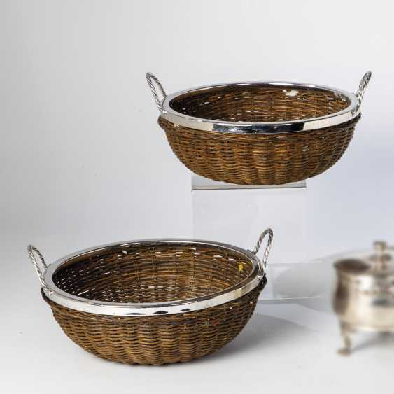 Two baskets with silver mounts - photo 1