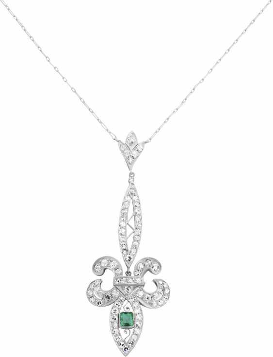 Diamond necklace with emerald - photo 1
