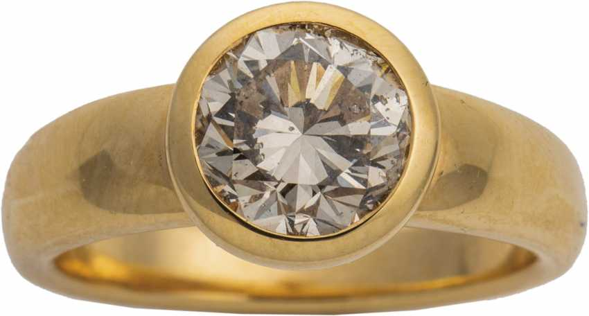 Yellow gold ring with brilliant-solitaire - photo 1