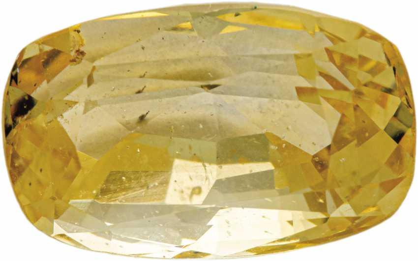 Unducted yellow sapphire - photo 1