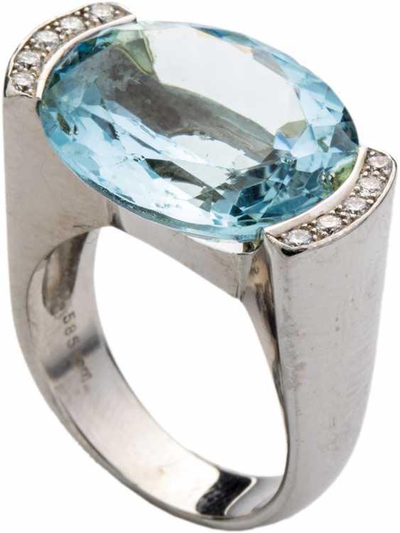 Aquamarine ring with diamonds - photo 1