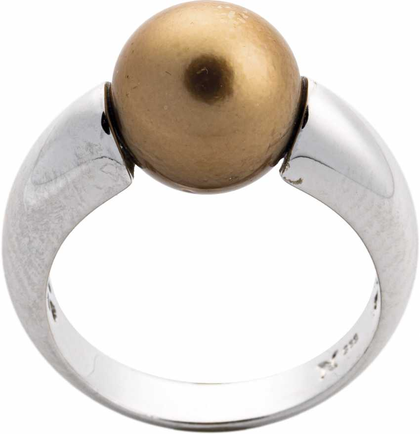 White gold ring with Golden Tahitian pearl - photo 1