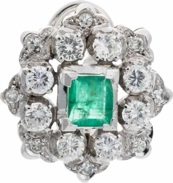 Diamond ear clips with emerald - photo 1