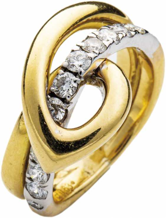 Gold ring with brilliant - photo 1