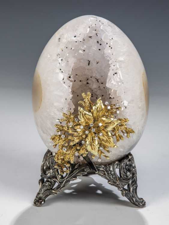 Geodes-Egg of rock crystal - photo 1