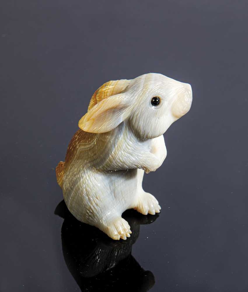 Sitting Bunny made of Natura chat - photo 1