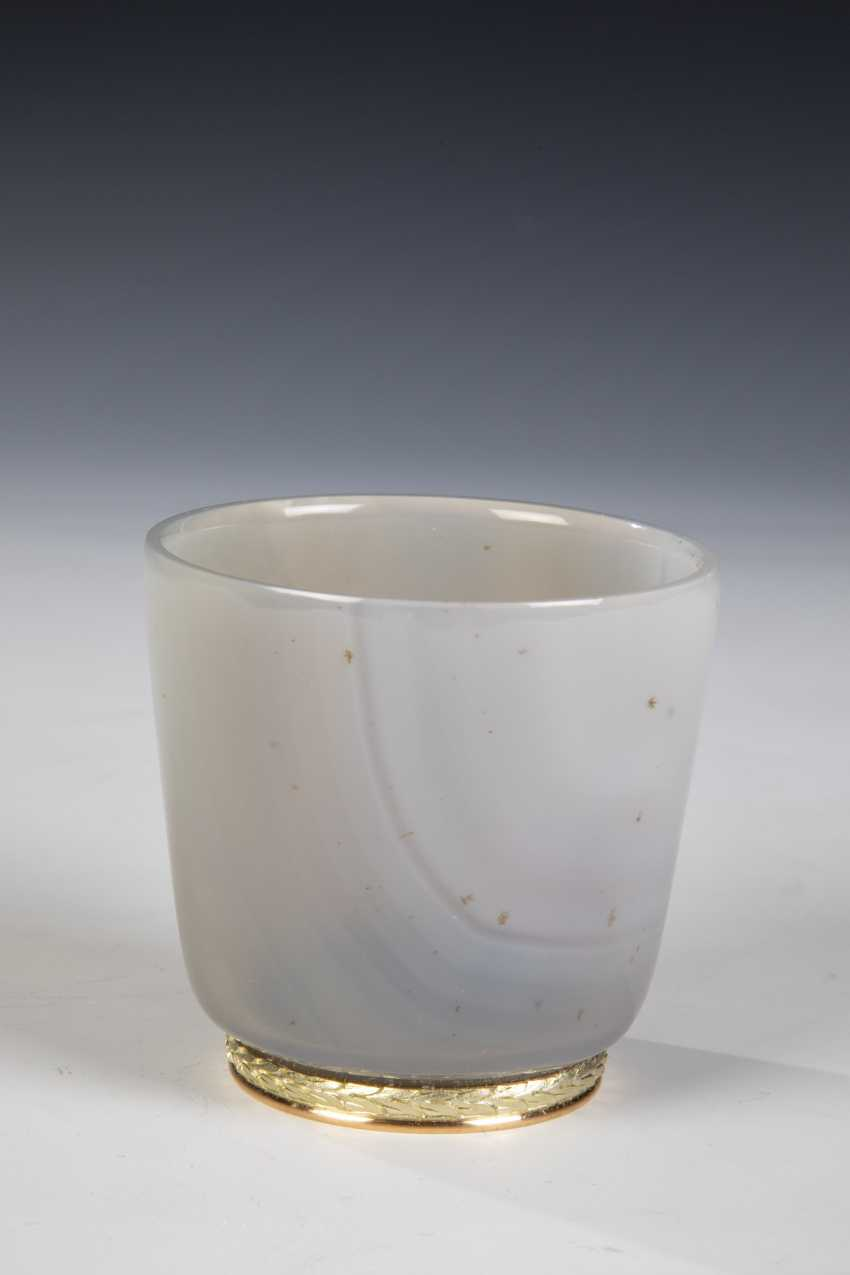 Miniature drinking Cup made of chalcedony - photo 1