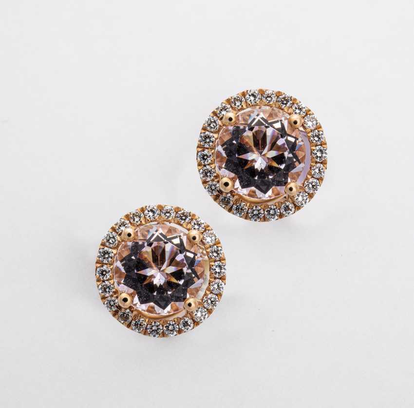 Timeless, elegant stud earrings with diamonds and morganite - photo 1