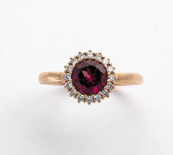 Karmoisierung Ring with diamonds and rhodolite - photo 1