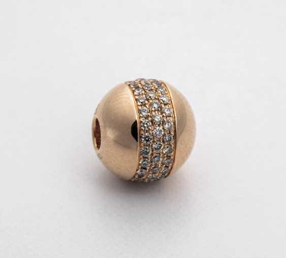 Ball-change buckle set with diamonds - photo 1