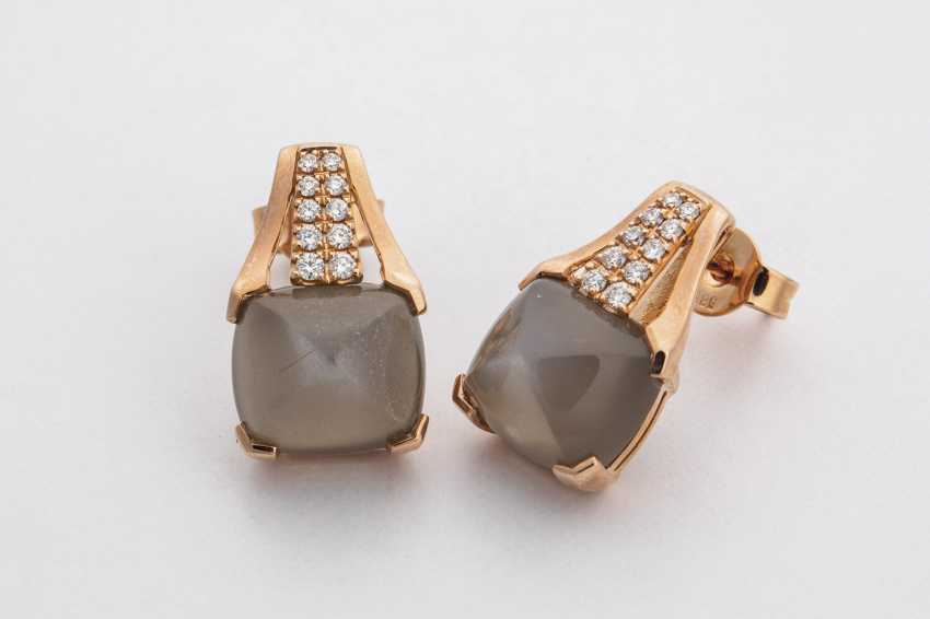 Stud earrings with moon stone and diamonds - photo 1