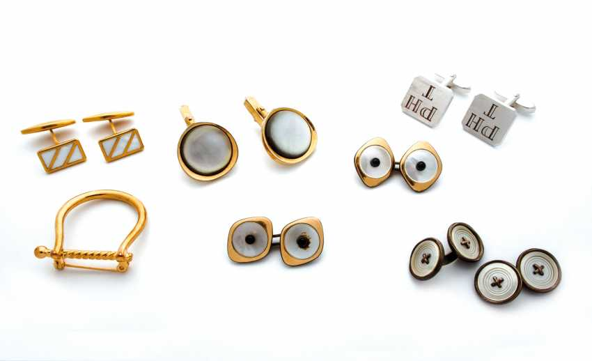 Group of cufflinks and brooch - photo 1