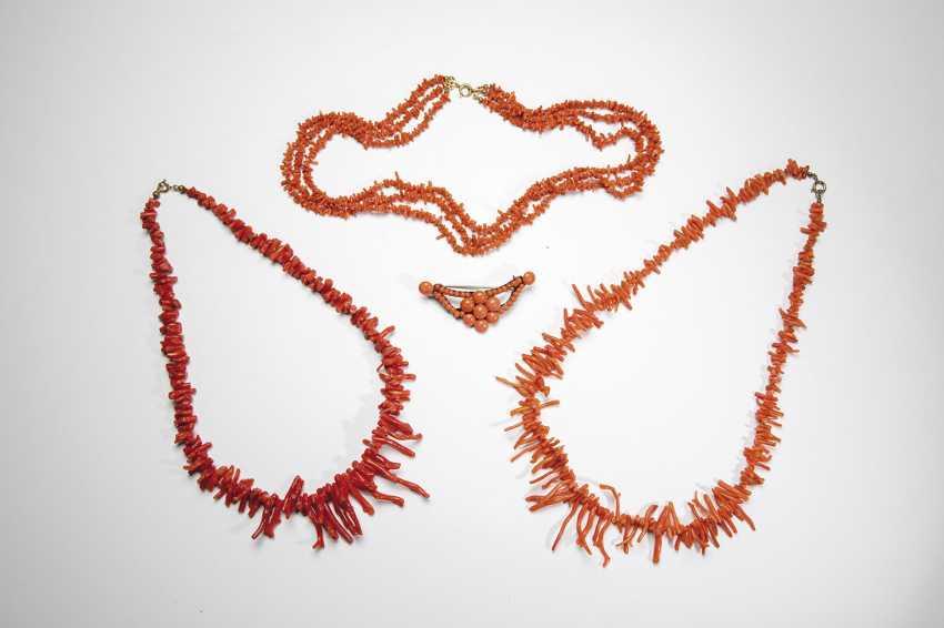 Coral Jewelry-Vintage - photo 1