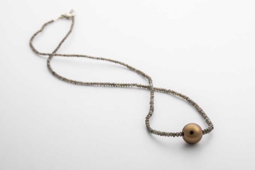 Fancy diamond necklace with Tahitian pearl - photo 1