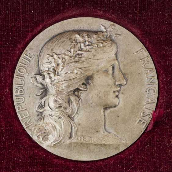 2 prize medals, third French Republic (1870-1940) - - photo 4