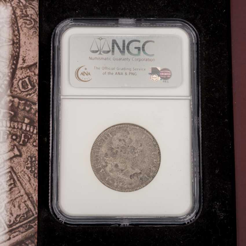 El Cazador - 2 Reales silver coin NGC Grading - photo 2