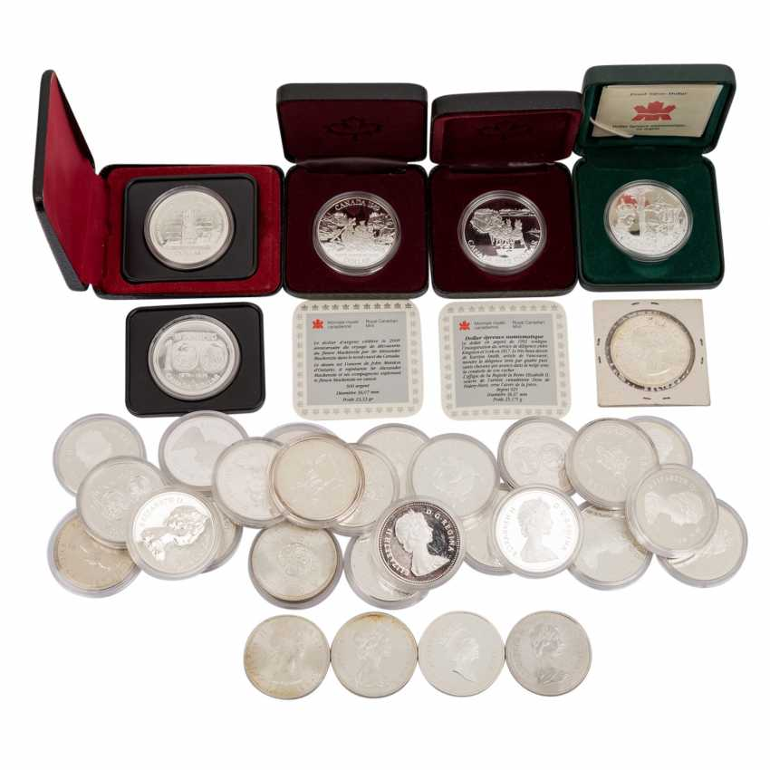 Canada - approx. 23 silver Dollars, spending the majority of  - photo 1