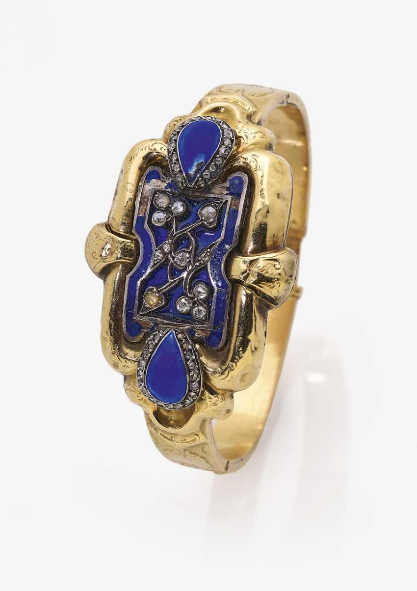 Bangle bracelet with diamond-roses and blue enamel - photo 1