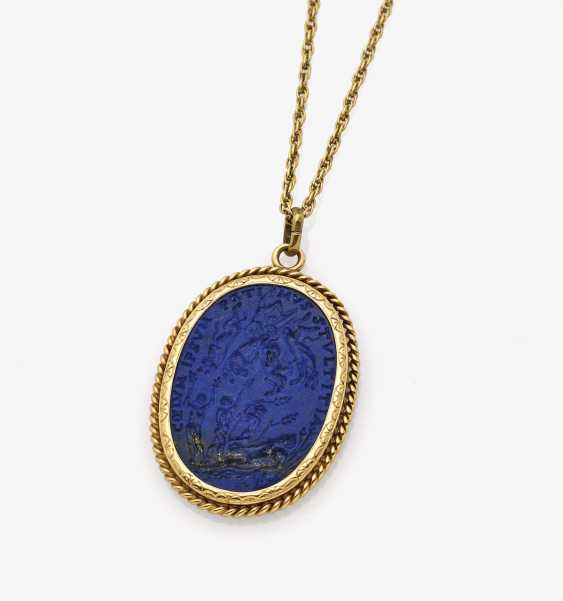Pendant with lapis lazuli gem - photo 1