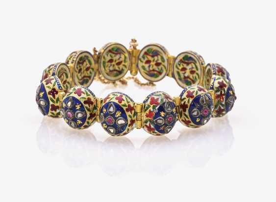 Link bracelet with rubies, rose cut diamonds and enamel - photo 1