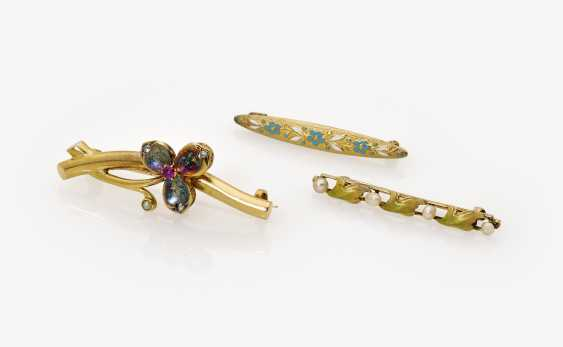 Three floral art Nouveau Stick pins with pearls, ruby, diamond, roses, and Email - photo 1
