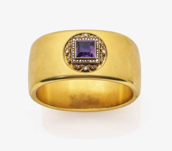 A historical bangle with Amethyst and diamond roses - photo 1
