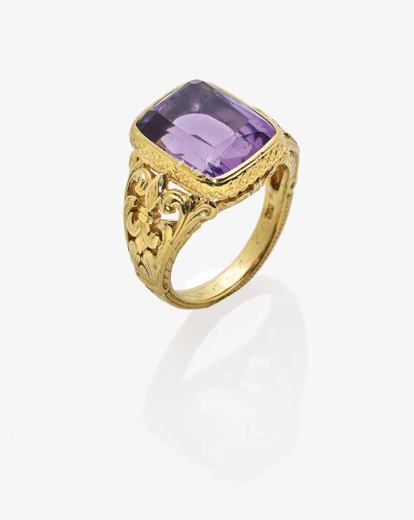 Ring with Amethyst - photo 1