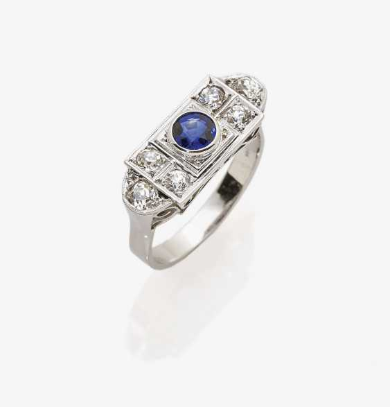 Ring with sapphire and old European cut diamonds - photo 1