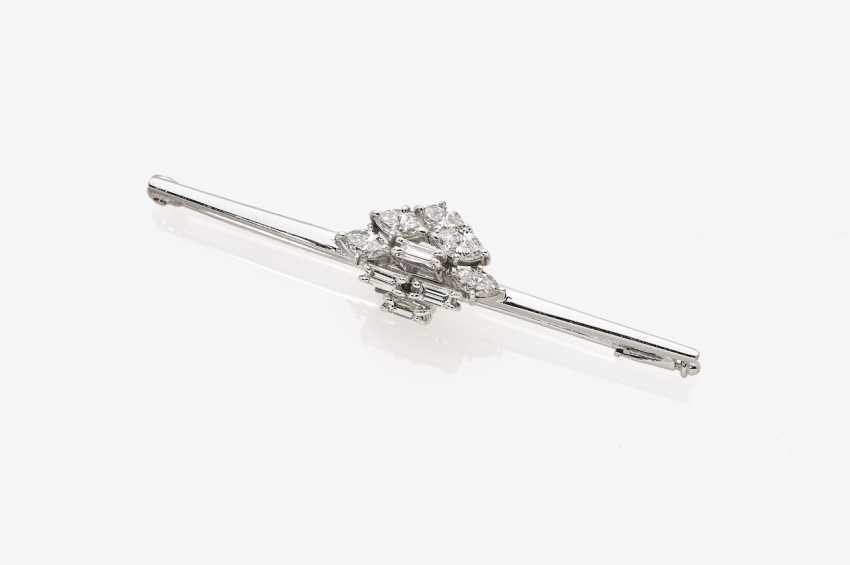 Needle with diamonds - photo 2