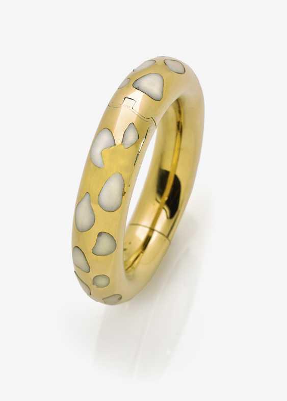 Bangle bracelet with Jade - photo 1