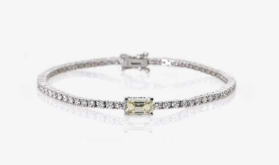 Rivièrearmband with brilliant and baguette-cut diamonds - photo 1