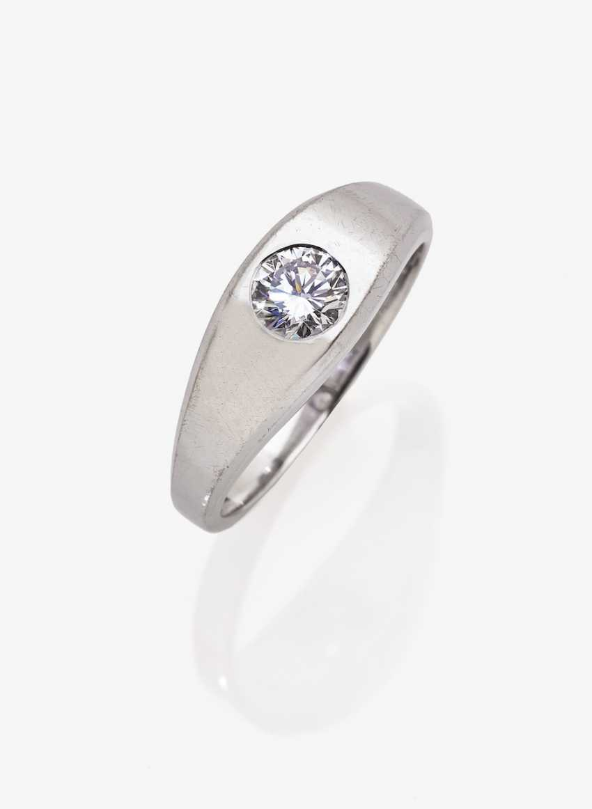 Band ring with brilliant - photo 1