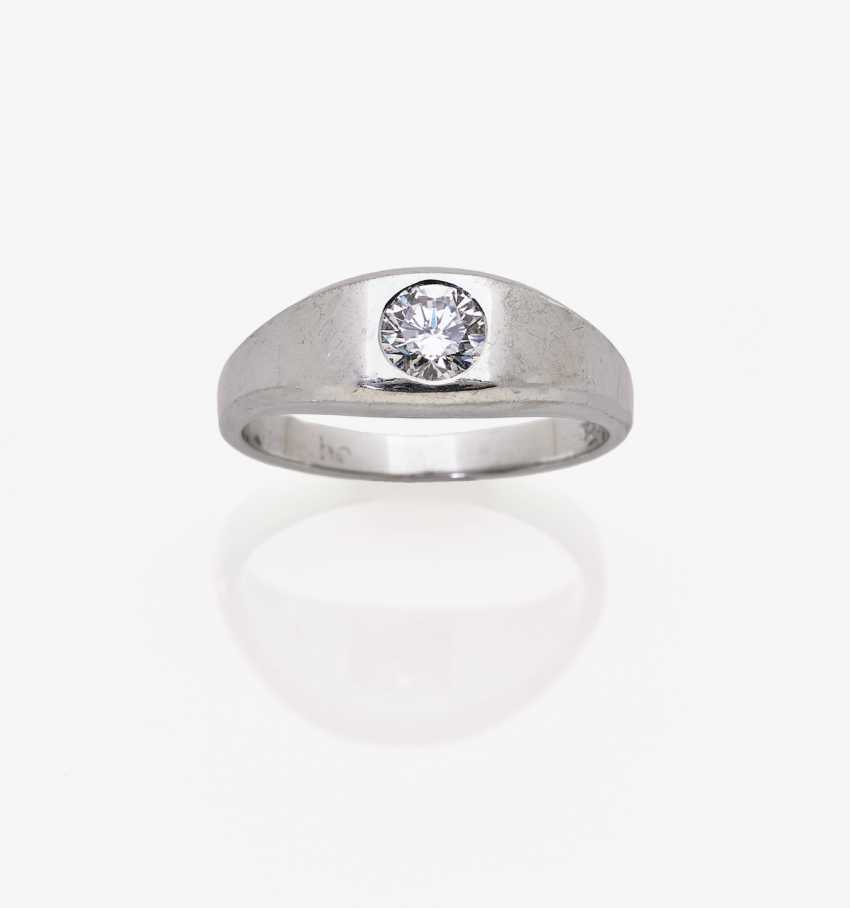 Band ring with brilliant - photo 2