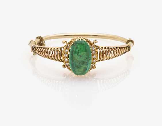 Bangle with emerald and diamonds - photo 1