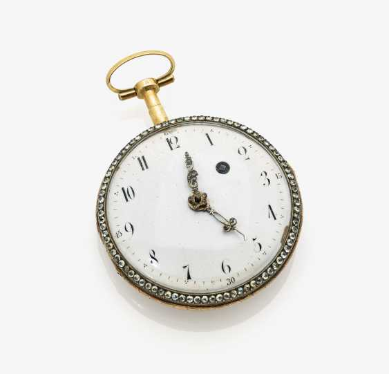Pocket watch with enamel painting - photo 1